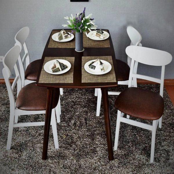 Bàn ăn cao su 4 ghế